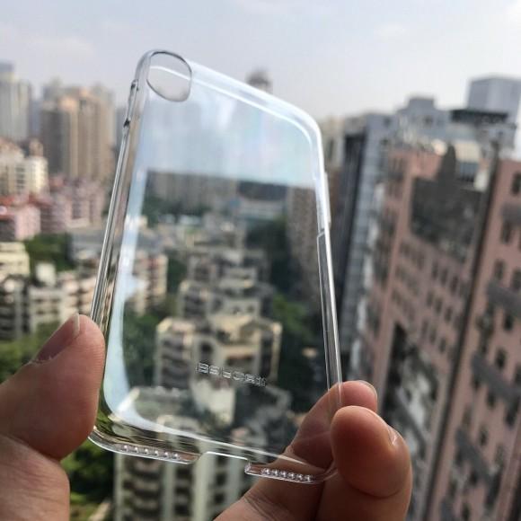 「iPhone8」用の保護フィルム画像が流出!やはり全面ディスプレイ搭載か