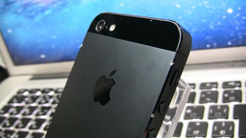傷ついたiphone5ブラック